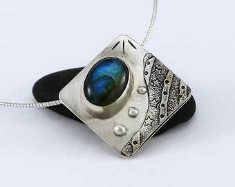 Handcrafted Sterling Silver Square and Labradorite Art to Wear Pendant One of a Kind Contemporary Artisan Jewelry Design 7723121281415