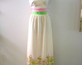 Vintage 70s Embroidered Maxi Dress - Ivory and Pastel Pink Green Sleeveless Party Dress - Off White Maxi Dress Embroidery - Medium to Large