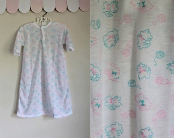 50% OFF...last call // vintage baby pj -  / PLAYFUL KITTENS baby bunting / 0 - 12m