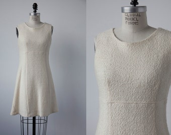 SALE 50% OFF Vintage Ivory Bouclé Textured Wool Mini Dress Fitted Mod 60s Classic Minimal White size Small