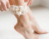 Lace Garter, Wedding Garter, Ivory Bridal Garter, Bridal Shower Gift, Elegant Wedding, As Seen On Brides.com, Lovely Garter, FREE SHIPPING
