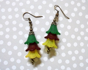 Emerald Green, Maroon and Yellow Flower Earrings (2839)