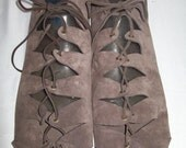 Renaissance Women Suede Leather Laced Shoes with Soles