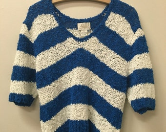 Vintage Blue and White Stripe Knit Short Sleeve Sweater size Large