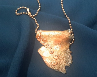 Faux Hammered Copper Pendant Necklace