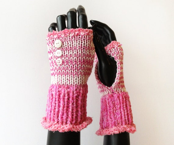 Fingerless Wristwarmers - Bubblegum Frilly Fingers - Pink Fingerless Gloves