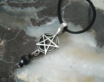 Pentacle Necklace, wiccan jewelry pagan jewelry wicca jewelry pentagram jewelry witchcraft witch gothic pagan necklace wiccan necklace