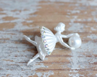 Vintage Art Deco Dancer holding Ball with Rhinestones Brooch or Pin,