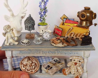Flea market Miniature table, 1/12th scale (1 inch)