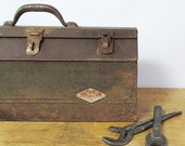 """Distressed S K Tools Metal Toolbox with Removable Tray """"Lots of Character"""""""