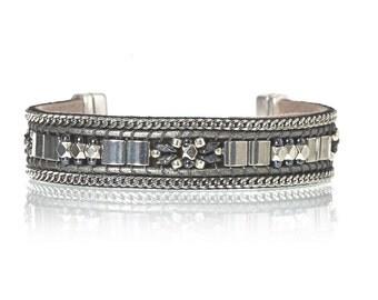 Beaded bracelet in navy blue and silver - Miyuki tila bracelet - Handwoven bead bracelet - gift for her - holidays gift - christmas gift