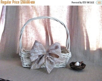 Happy 4th with 40% Off Cottage Chic Basket with Burlap and Lace Bow for Wedding / Reception Decor / Program Basket / Favor Basket