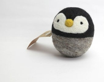 Penguin felting Kit