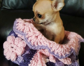 Sleeping bag for puppy Chihuahua beds crochet sleeping bag for chihuahua or small dogs Chihuahua beds with flowers Puppy dog bag Size S
