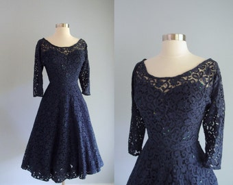 1950s fit & flare Dress / Navy Blue Lace sweetheart bodice 3/4 length sleeves / high end label The Addis Co. Syracuse NY / 25 waist