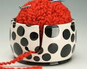 Ceramic Yarn Bowl for Knitting & Crochet, Knit Happy - Fiber Twine Pottery Yarn Bowl, Black Polka Dots Yarn Bowl