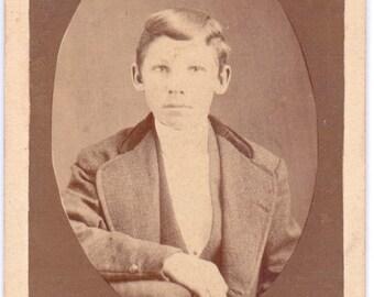 Vintage Photo - Young Boy - CDV - Carte De Viste - Vernacular, Found Photo (A)