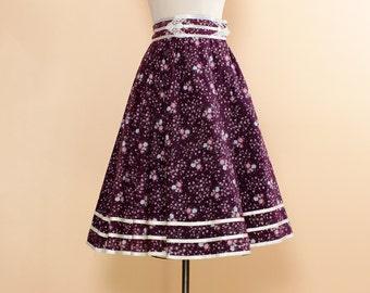Purple Prairie Skirt • Gunnes Sax Calico Skirt with Lace Trim • 70s Boho Prairie Skirt • Floral Midi Skirt • Purple Floral Skirt  | SK235