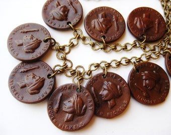 Vintage 40s Don't Take Any Wooden Nickels Novelty Dangle Celluloid Chain Link Charm Necklace