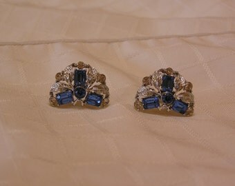 Vintage Star blue baguette and silver screw back earrings
