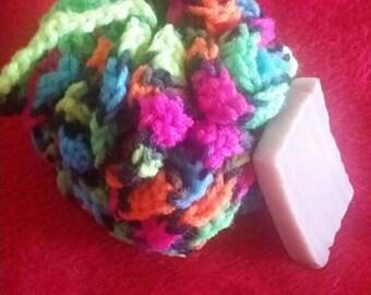Small Bath pouf.