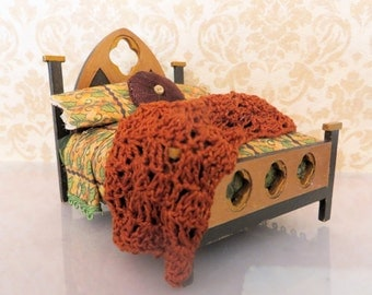 Handmade Dollhouse Dragon Tudor Bed In 1:24 Half Scale by FatCatDesigns