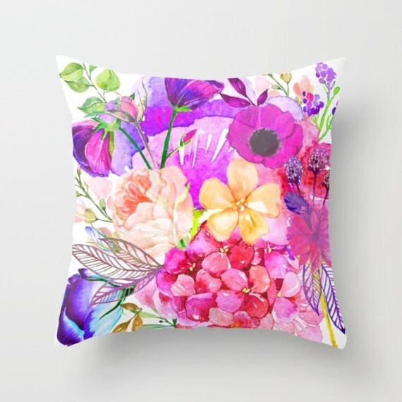 Garden Flowers Watercolor Painting Print Pillow Cover. A beautiful mix of soft baby pink, fuchsia, and magenta flowers. Spring Floral Pillow