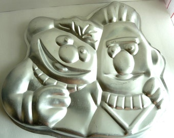 1971 1977 Muppets Ernie And Bert Wilton Retired Cake Mold Pan 502-7423