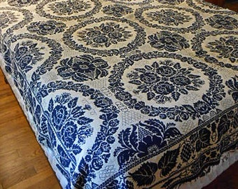 EARLY AMERICAN COVERLET 1840's Hand Woven Wool Jacquard Rose Wreath & Grapes Overshot Pattern Dk Navy Blue Ecru Reversible 76 x 86 Ctr Seam