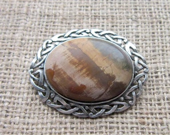 Picasso Jasper Celtic knotwork oval brooch - chunky pewter Celtic knotwork with sandy brown stone