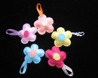 Set of five Easter Felt Flowers