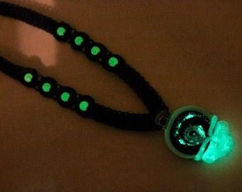 Glow in the dark Grateful Dead inspired hemp necklace with Lucky stealie, macrame, hippie, deadhead, music festivals, hemp jewelry