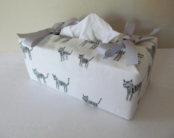 Tissue Box Cover/Tiger x Silver Ribbon