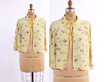 Vintage 40s BED JACKET / 1940s Novelty KITTY Cat Print Pale Yellow Rayon Cropped Blouse