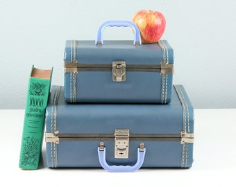 Vintage Kids Luggage Set, Vintage Suitcase, Blue Suitcase, Kids Suitcase, Train Case, 1960s Suitcase, Suitcase Set, Small Suitcase, Childs