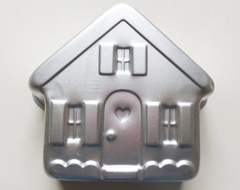 Wilton Stand Up House Pan 1982 Mold