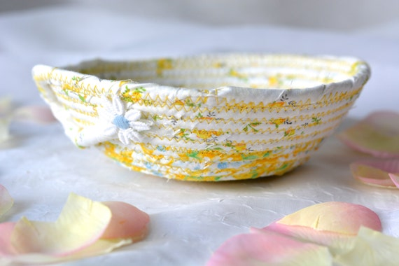Cute Spring Basket, Mother's Day Gift, Handmade Floral Fabric Basket, Business Card Holder, Shabby Chic desk accessory bowl L3