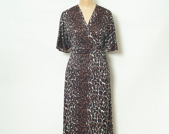 Retro / Vintage nightgown / Vintage  / Vintage Lingerie / Robe / 60s Robe / Burlesque / Pinup Robe / leopard leopard nightgown / Robe / maxi