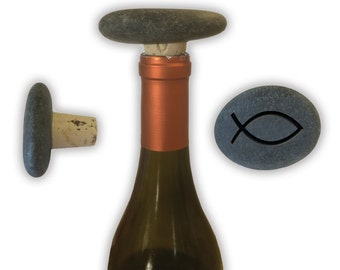 Engraved Symbol Wine Stopper on Natural Stone  - 6860 Fish