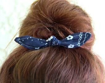 Knotted Bun Clip Hair Bows Navy Blue Bandanna Hair Bow Girl Teen Women Hair Accessory French Barrette Alligator Clip Hair Ties