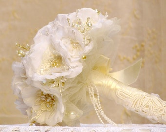 Vintage wedding bouquet alternative wedding bouquet fabric bridal bouquet white rose bouquet silk flower brooch bouquet bride fabric bouquet