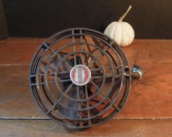 Antique Cross Country Taxi Fan / Industrial Fan / Antique Car Fan / Small 6 Volt Accessory Rex D.C. Motor No. 36A Chicago