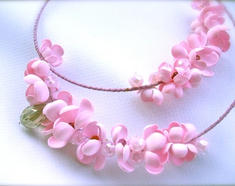 Memory Wire Necklace with foamiran flowers and glass beads- Pink necklace- Pink flowers necklace - Memory Wire - Handmade