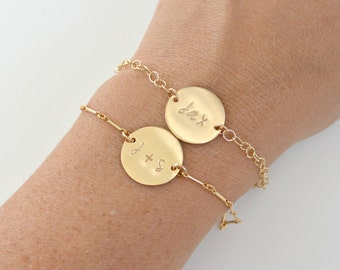 GOLD Name Bracelet, Personalized Initial Disc Gold Bracelet, Bridesmaid Gift Idea, Name ID Bracelet, Link Bracelet, Custom Gold Bracelet