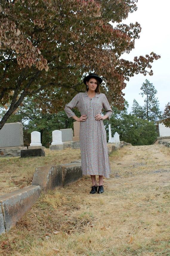 TEA LEAF Rad 90s Vintage Dress April Cornell Dusty Rose Floral Print Rayon Drop Waist