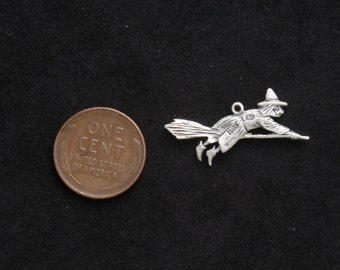 Rare Vintage English Bernard Inge sterling silver Witch broom bracelet charm