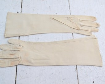 1950s Beige Leather Gloves