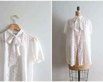 vintage snow white voile & lace dressing robe - peignoir robe / Lily of France - pussy bow - neck tie / Fairy Kei top - 70s lingerie top