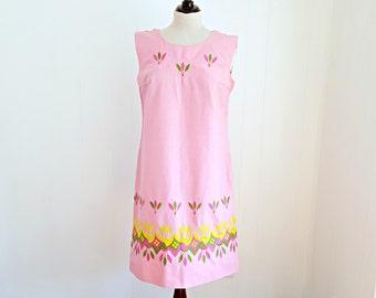 SALE 45% Vintage 60s Shift Dress, 1960s Mod Dress, Floral Dress, Vintage 60s Sundress