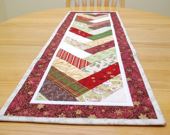 Christmas Table Runner, Maroon Quilted French Braid Centerpiece